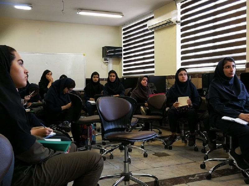 کلاس های آموزشی مسابقه دانش مغز در فرزانگان 1